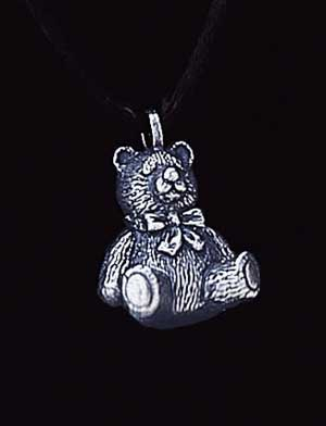 Keepsake Pendant -Brass Teddy Bear 13